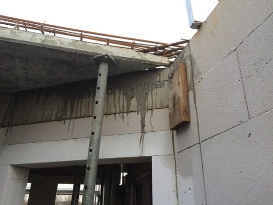 Deckenplatte - Durchgang vom Flur zum Wohnbereich