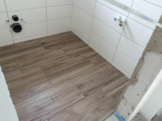 Prima Haus GmbH - Fliesen im WC