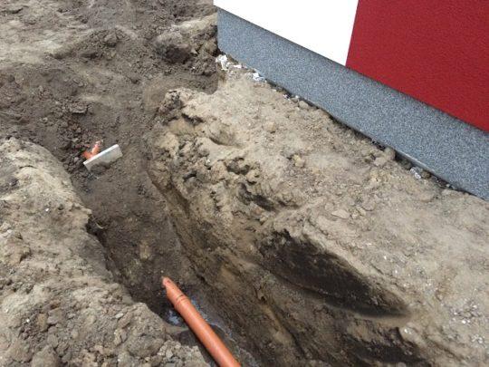 Schmutz-und Regenwasserrohre